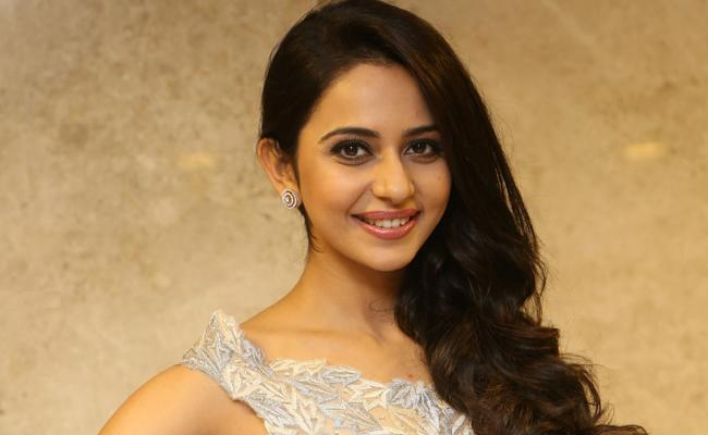 Rakul Preet Cuts Down Her Remuneration?